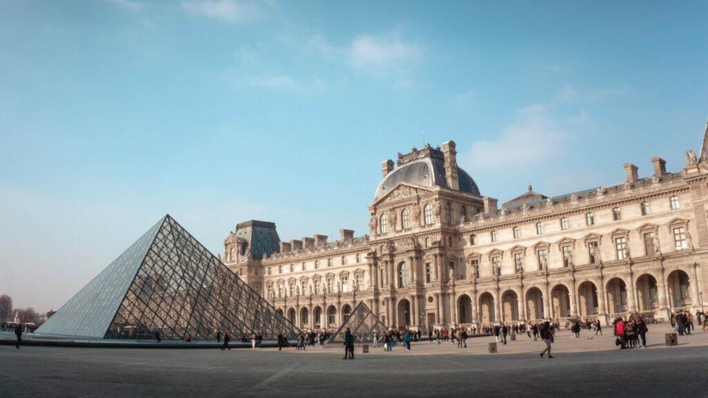 France, Paris, Louvre, Travel Blog, Kemp Travel, Travel Agent Whitby, Travel Agent Bowmanville, Travel Agent Oshawa, Travel Agency Oshawa