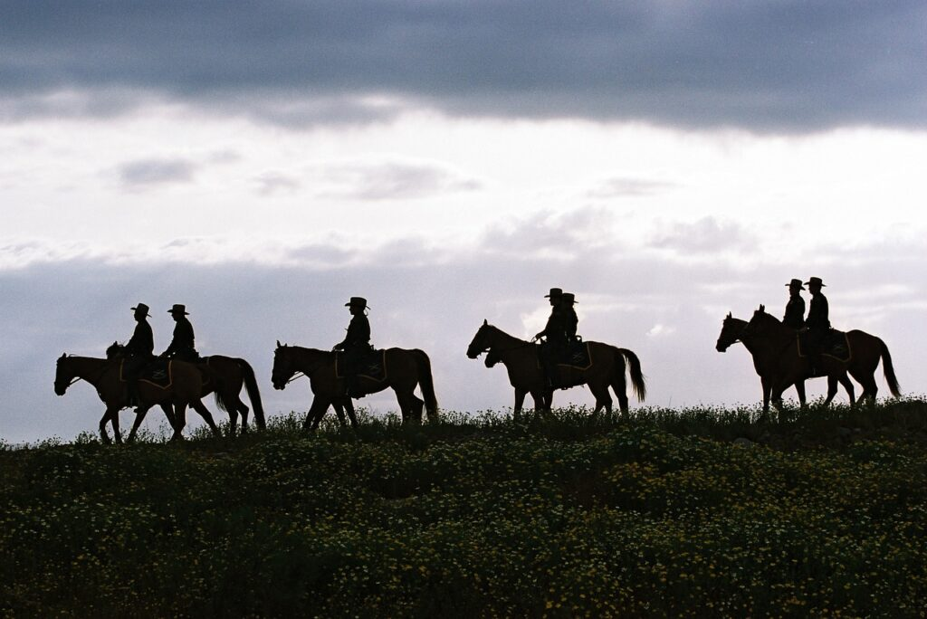Group Horseback riding in Texas - North American Adventures