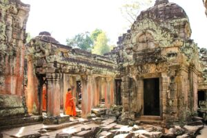 Read more about the article Why You Need to Get off Southeast Asia's Beaten Path